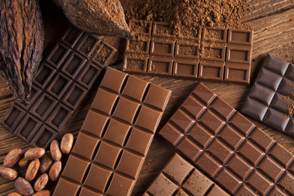 chocolate y personas mayores