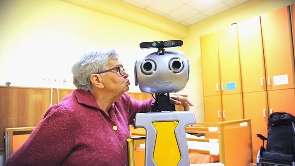 robots cuidadores